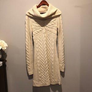BCBG Maxazria Sweater Dress chunky Knit